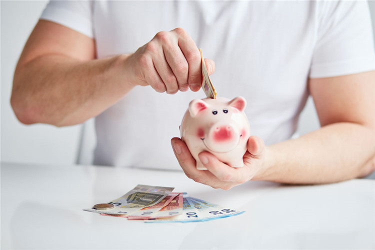 收缩房贷后 银行深耕车贷市场