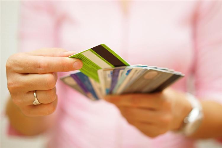 本人小额贷标准,本人小额贷款贷款哪个好
